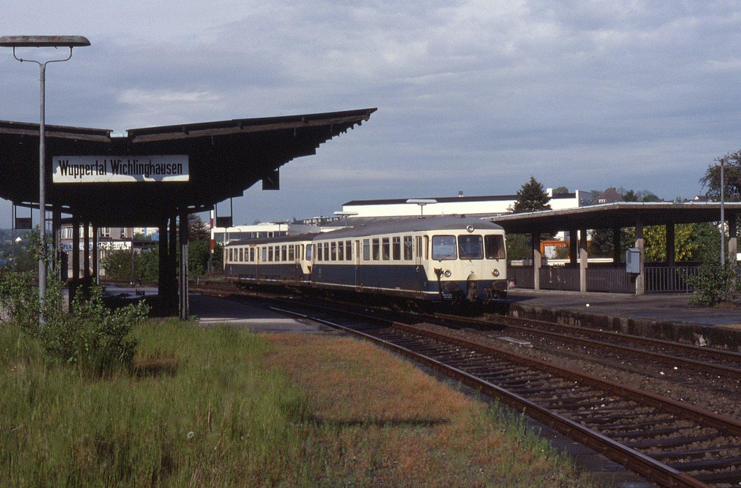 10.05.90 Wuppertal Wichlinghausen 515.526 815.713 (6107648350).jpg