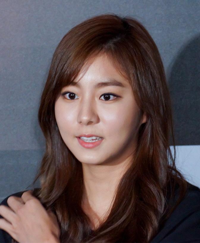 Jung so min and kim hyun joong dating 2013 10
