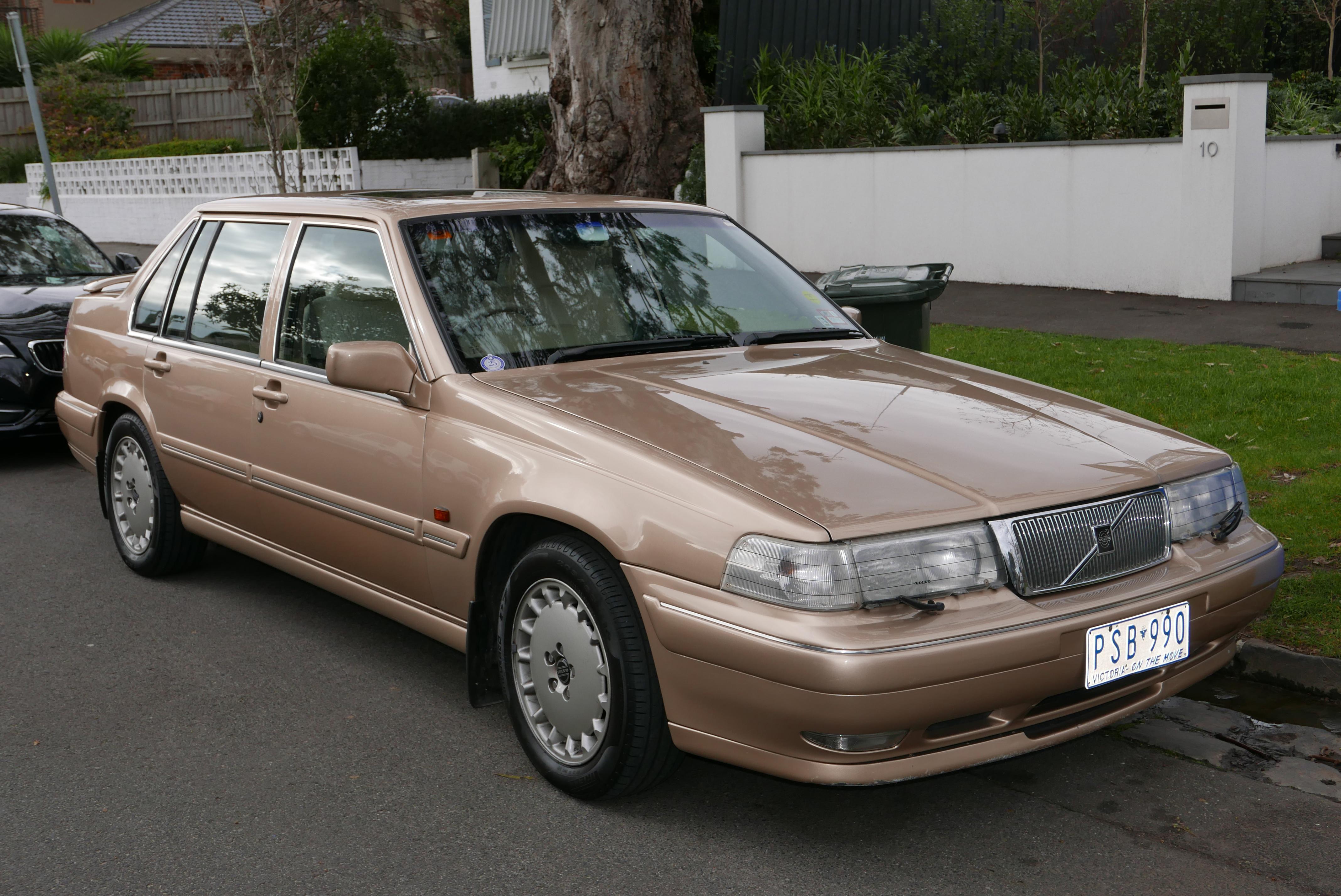 Plik:1996 Volvo 960 SE sedan (2015-07-24) 01.jpg ...