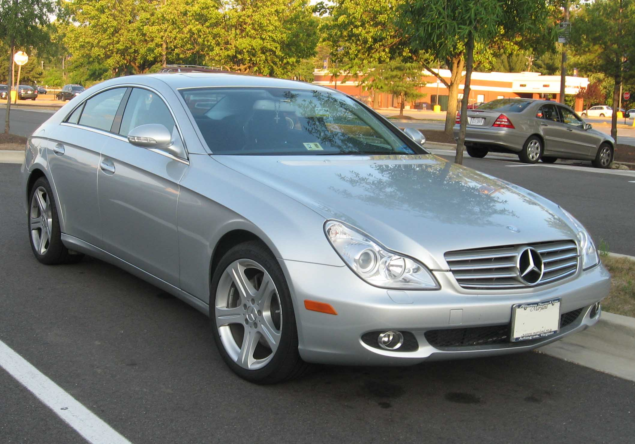 File2007 Mercedes Benz CLS 550