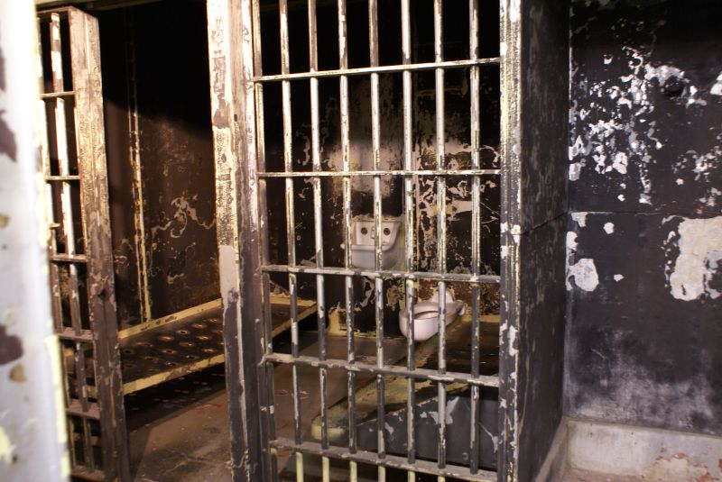 File:2007 03 Old Noblesville jail-once home to Charles Manson.jpg