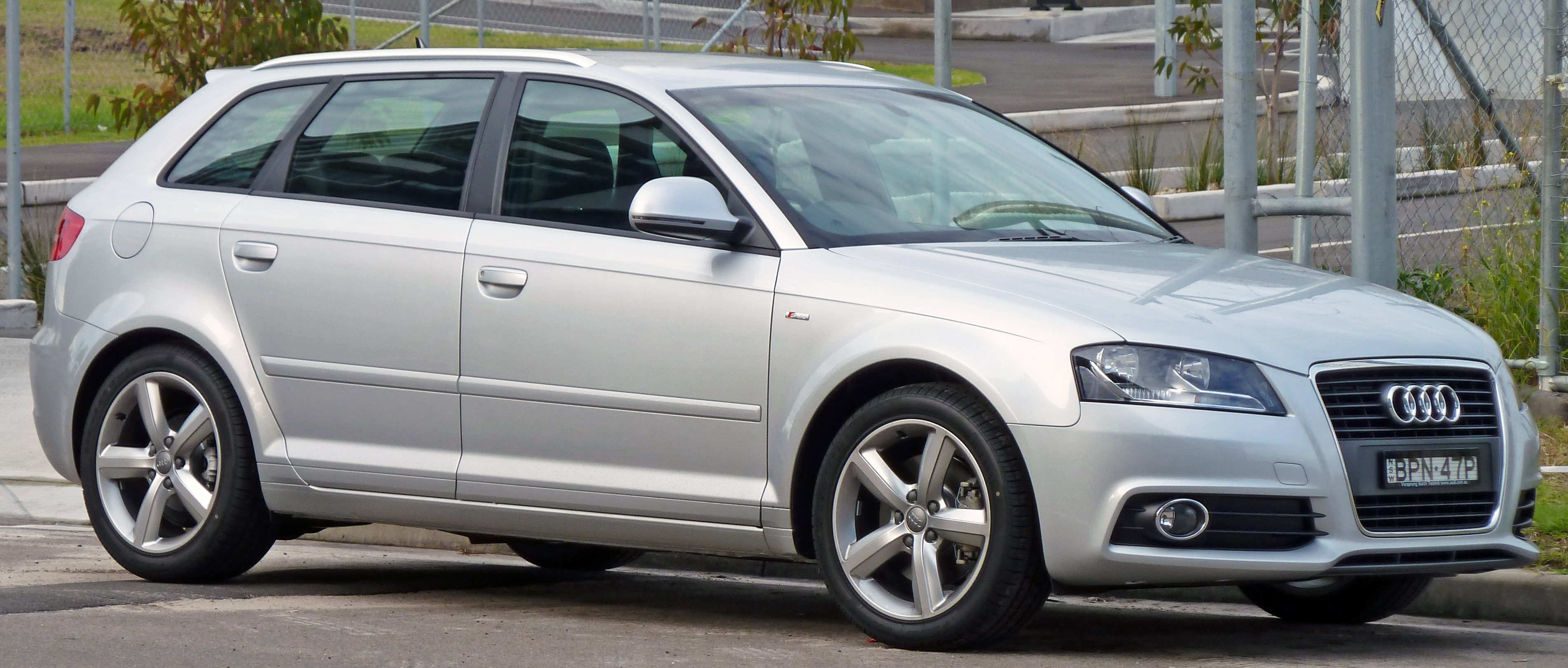 file 2008 2010 audi a3 8pa 2 0 tdi ambition 5 door sportback. Black Bedroom Furniture Sets. Home Design Ideas