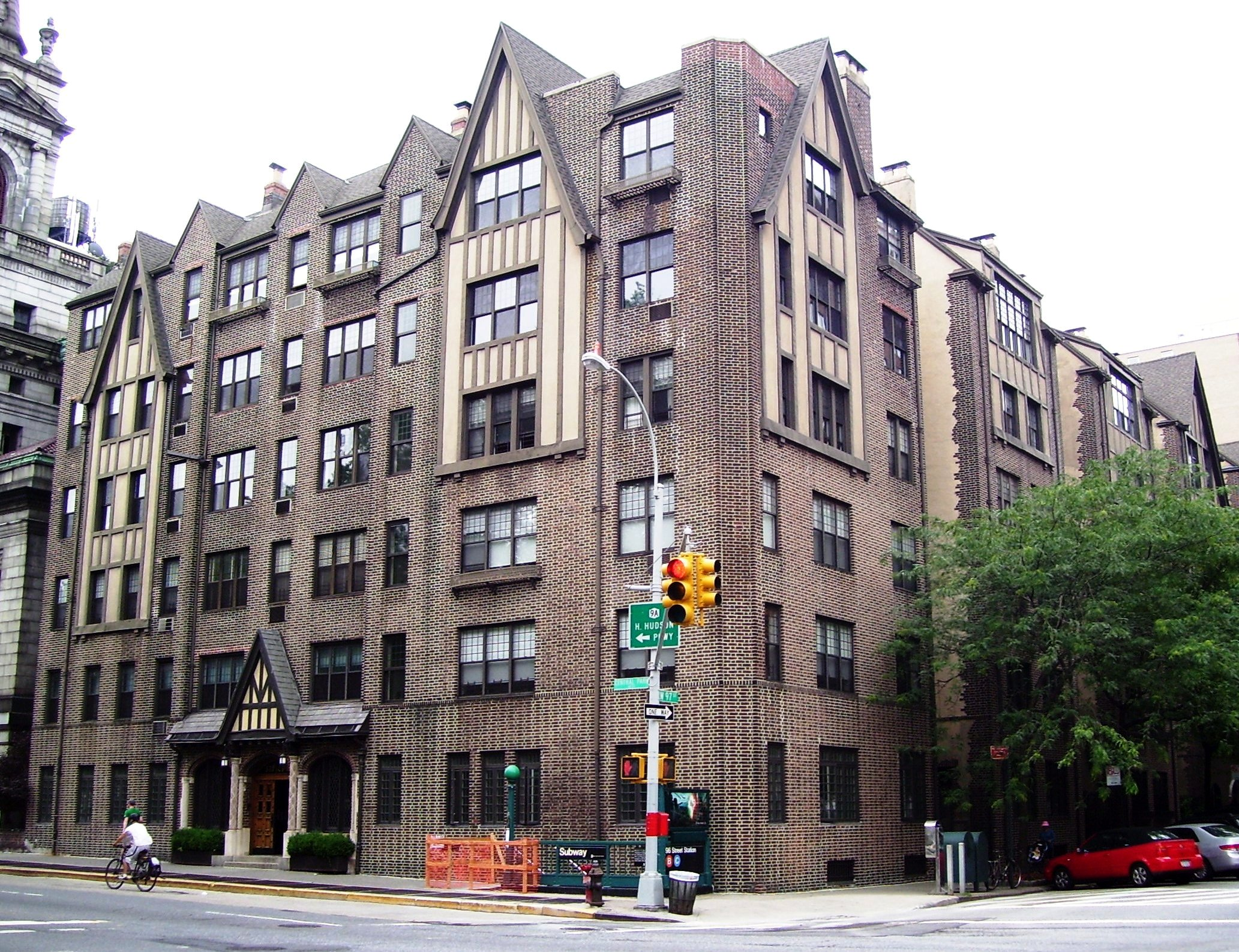Apartments On West Broad Street