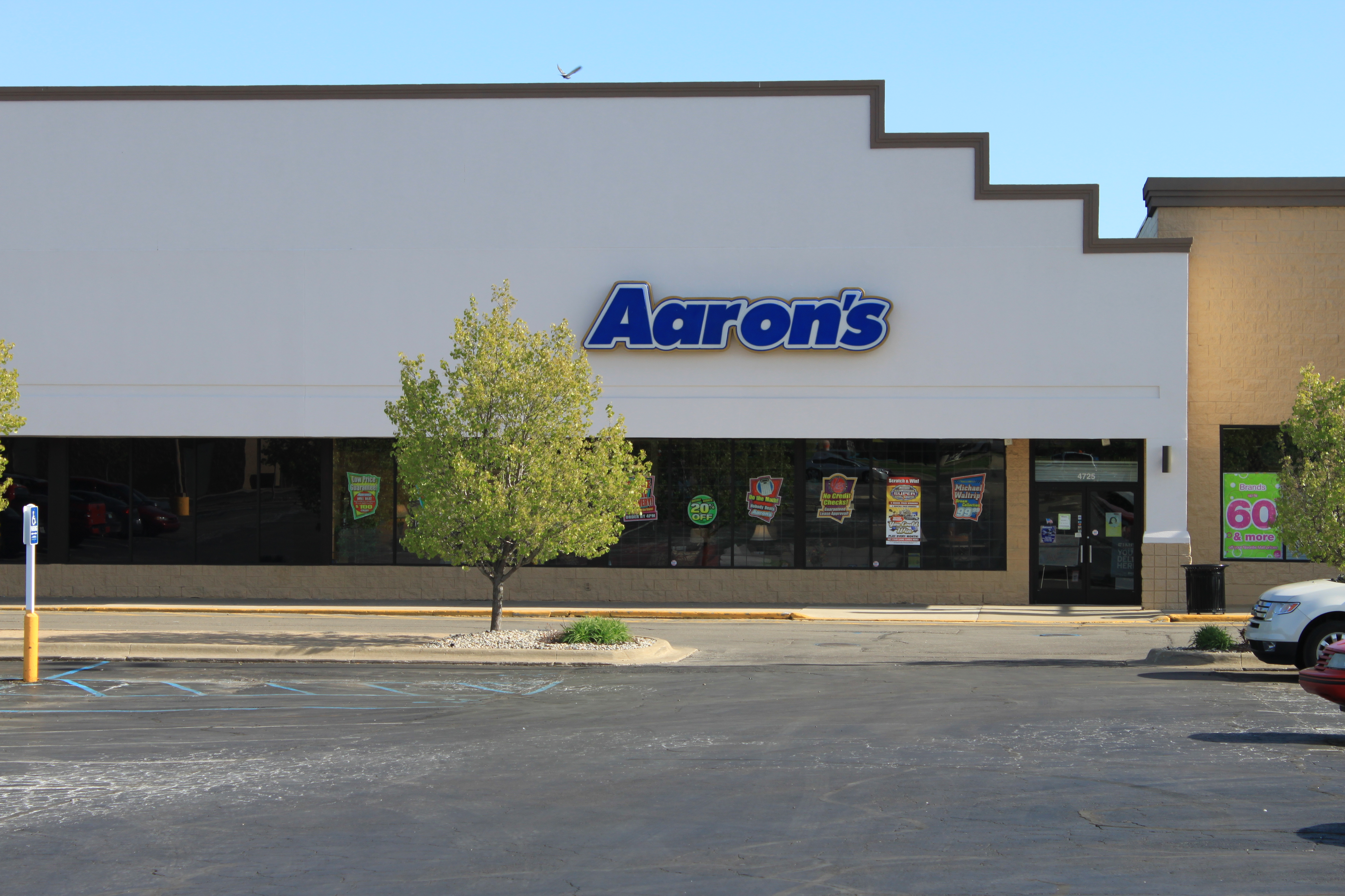 Alf Img Showing Aarons Store