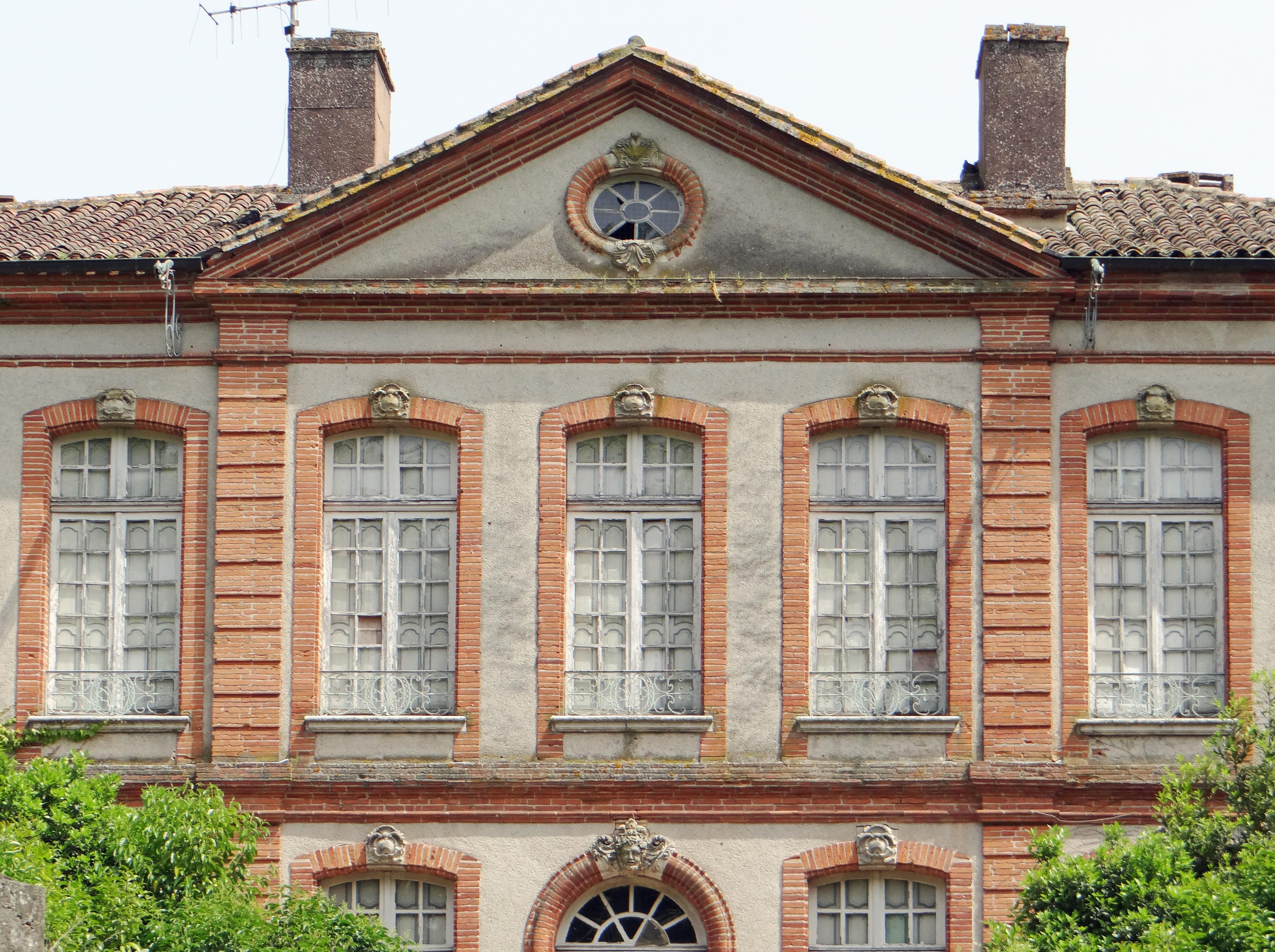File:Agen - H\u00f4tel Hutot de Latour -5.JPG - Wikimedia Commons