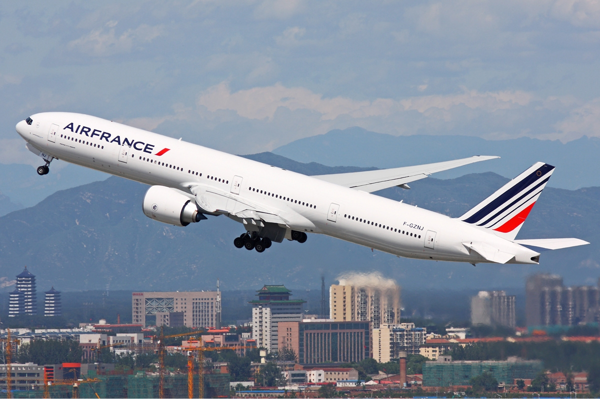 File air france boeing 777 300er zhu wikimedia commons for Interieur 777 air france