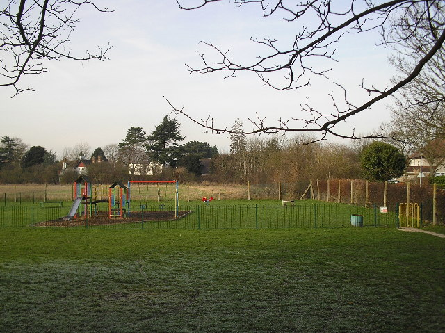 Alban Way. Ellenbrook recreation ground, Hatfield. - geograph.org.uk - 111453