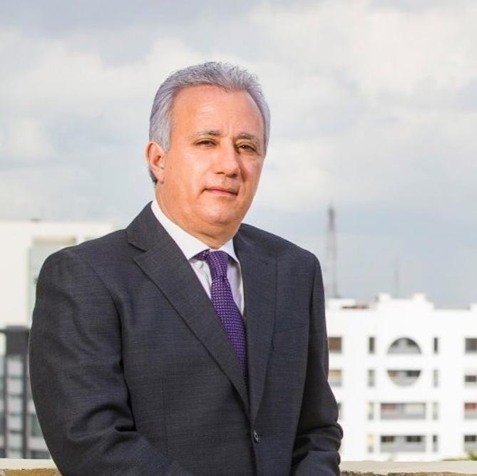 Archivo:Antonio Taveras Guzmán, presidente de la AEIH.jpg - Wikipedia, la  enciclopedia libre