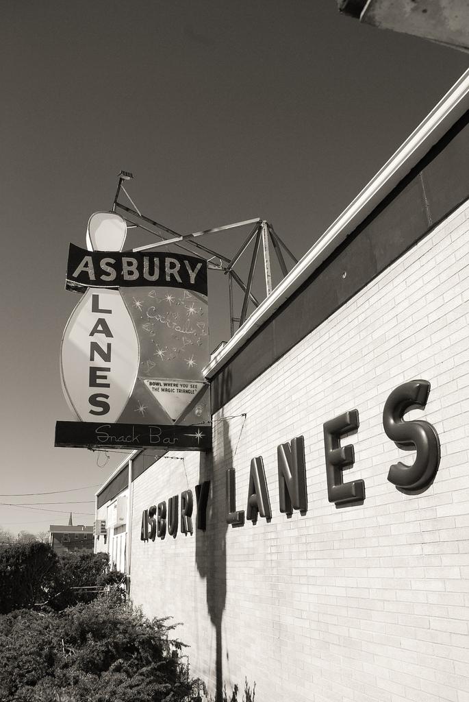 Asbury Lanes - Wikipedia