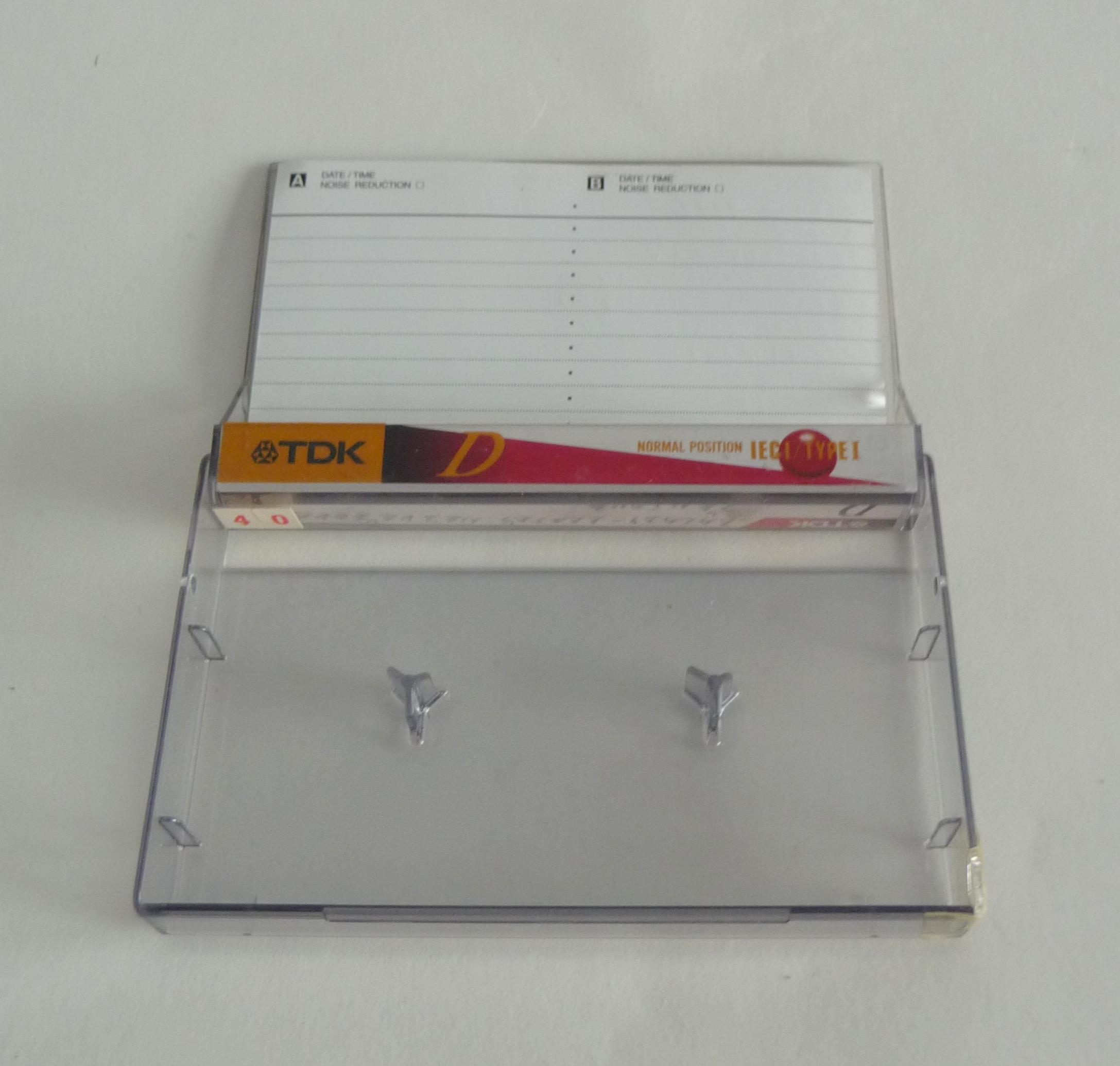 Pre Ampli Audio, Portable Audio_cassette_TDK_D90_%284%29