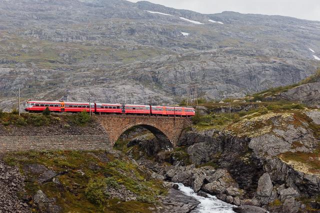 Resultado de imagem para Bergen Railway