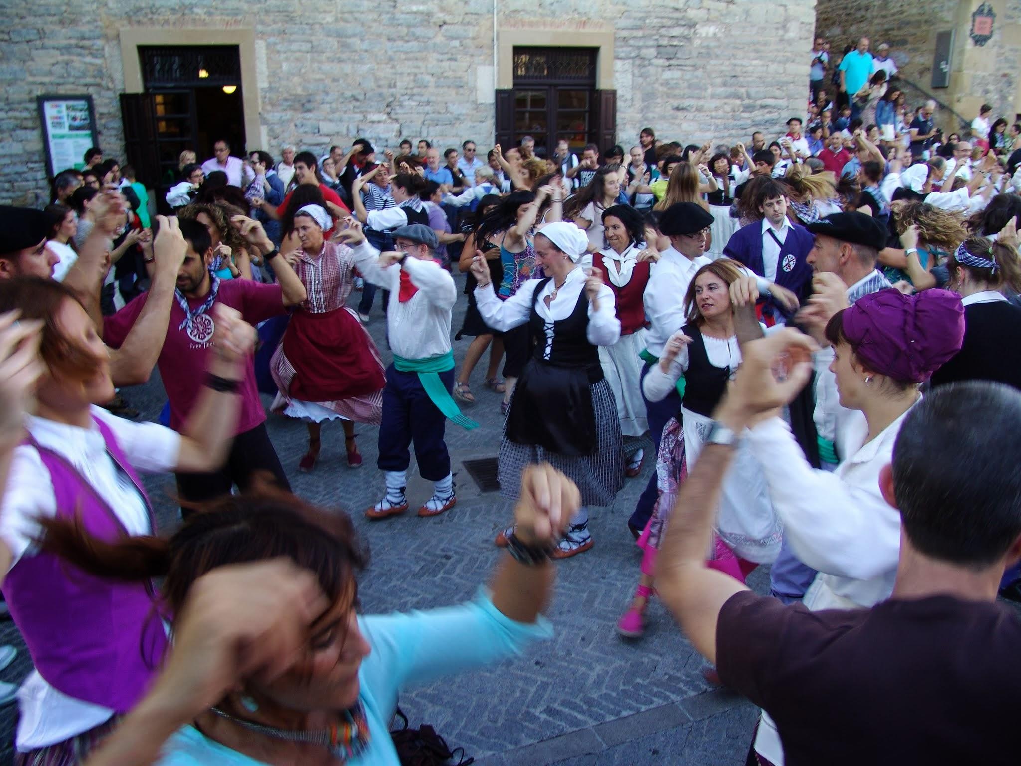 Wiki: Basques - upcScavenger