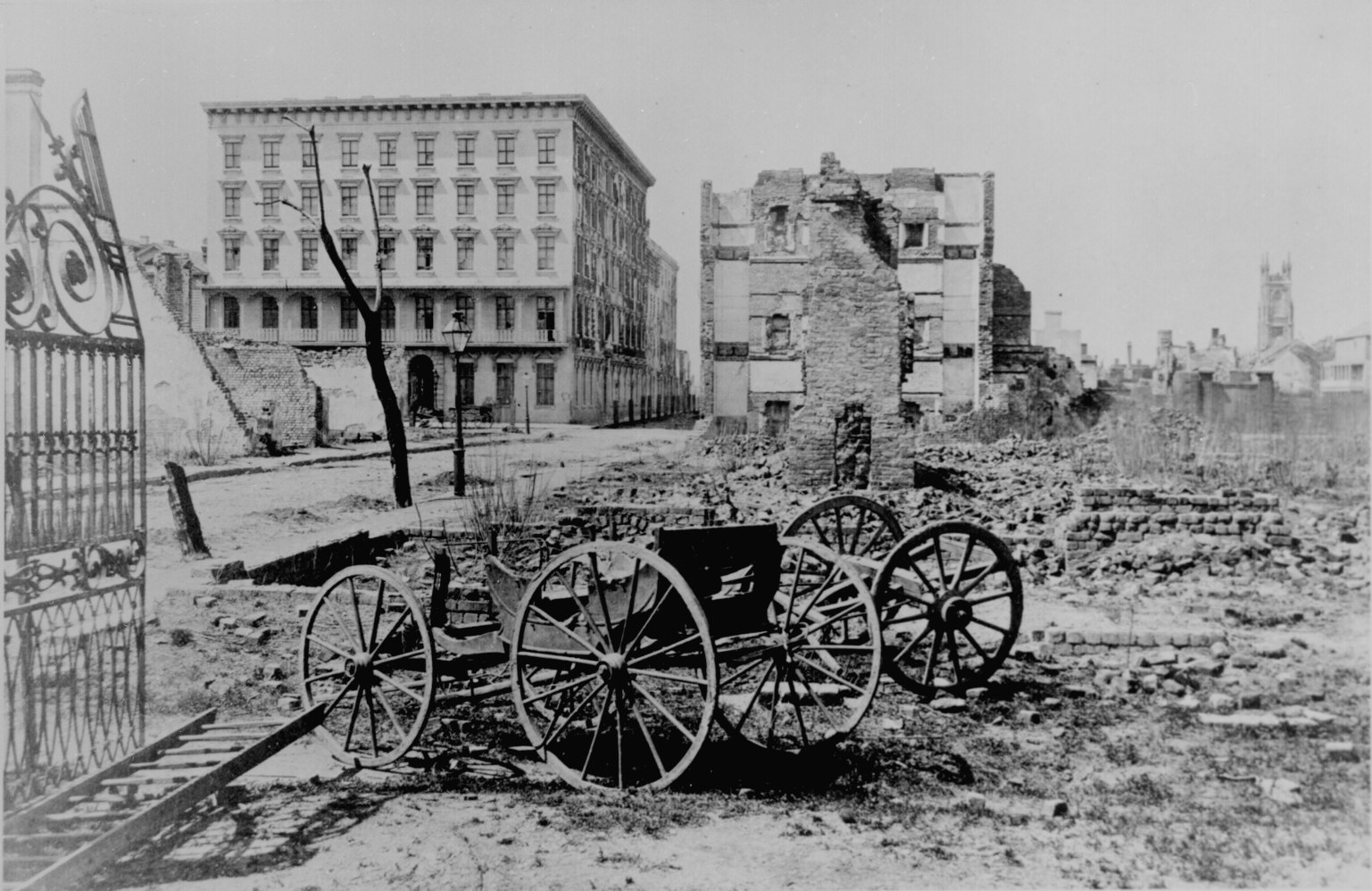 life in the south before and after the civil war Life in the south after the civil war before the war, the south's economy had been based almost the whole of life post–civil war had become pretty darn.