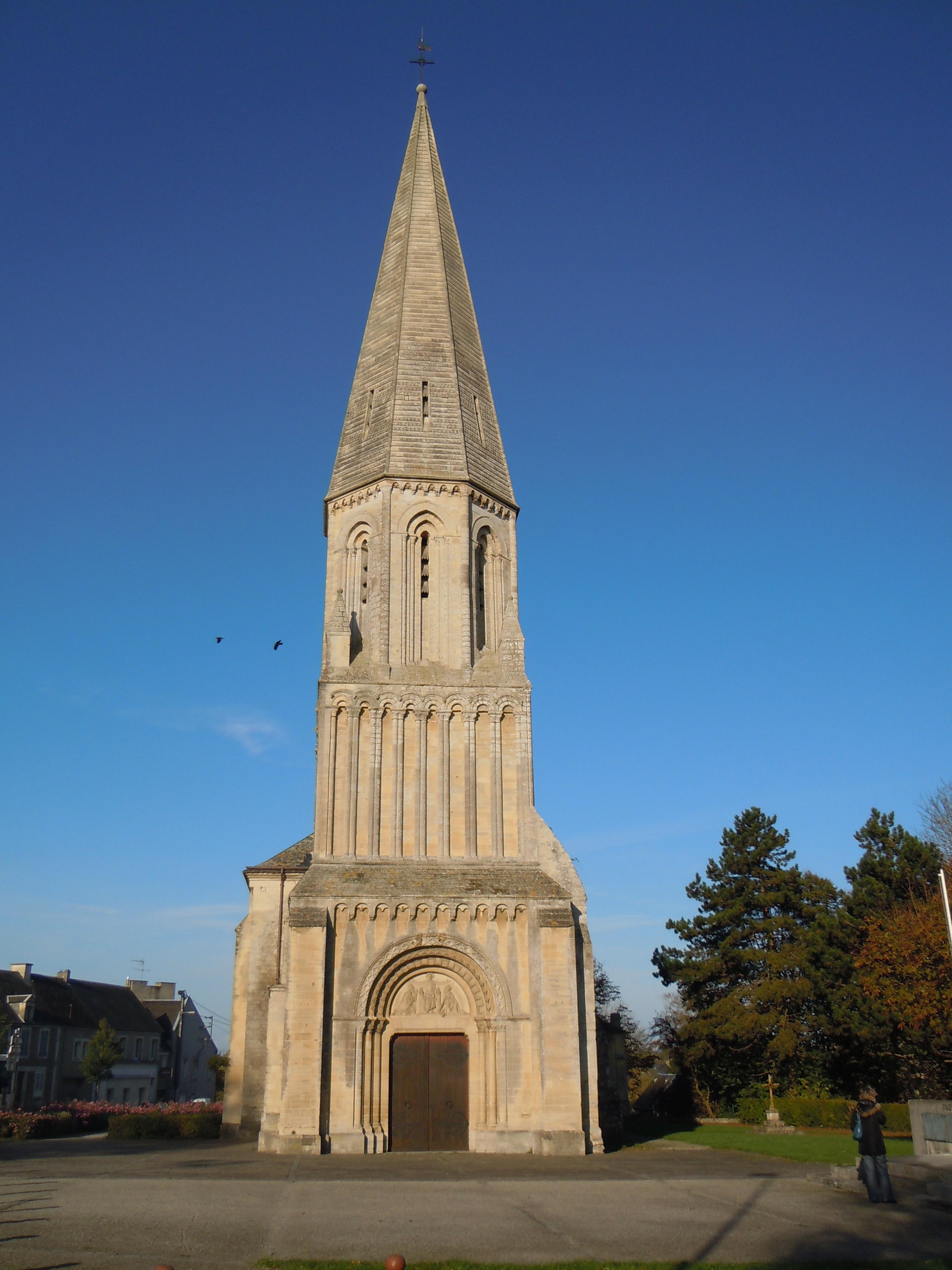 Narbonne Version 3 1: File:Clocher De L'église Saint-Aignan De Trévières.JPG