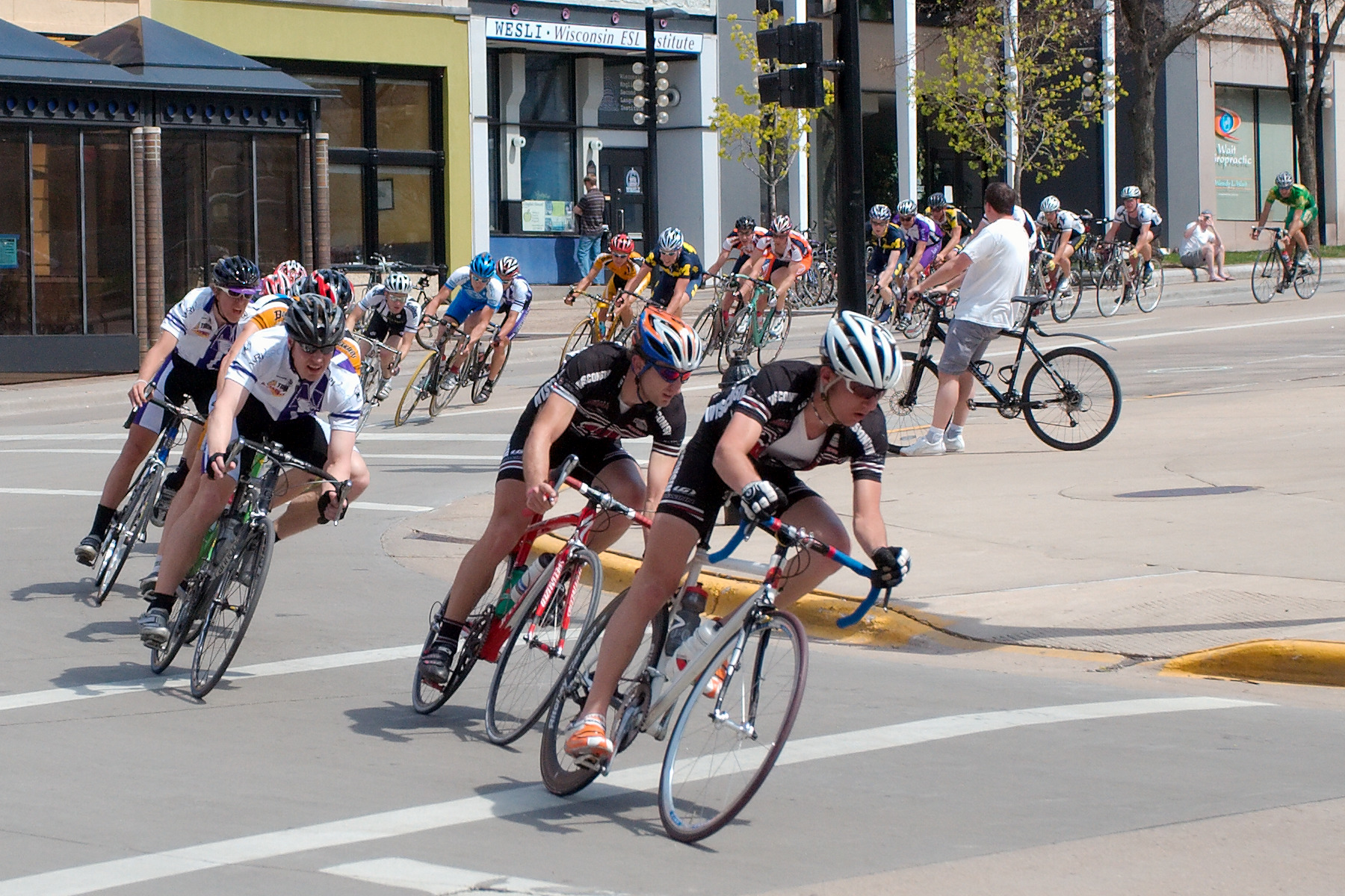 File Cycling Madison Wisconsin 1096.jpg - Wikimedia Commons df645a0cf