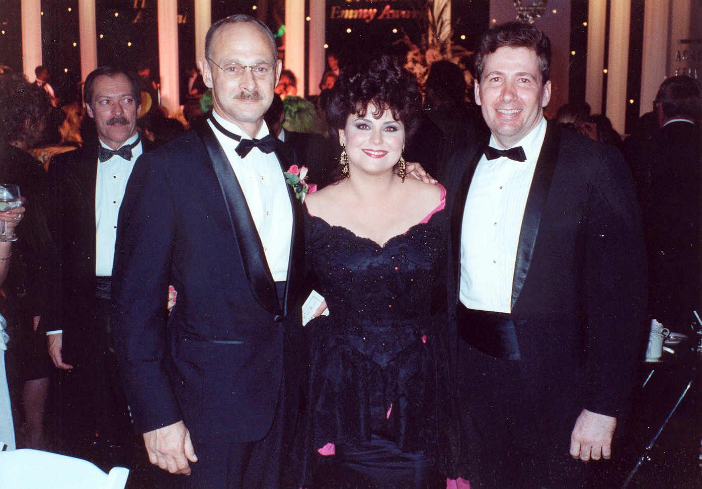 Filedelta Burke And Gerald Mcraney At The 1990 Annual Emmy Awards