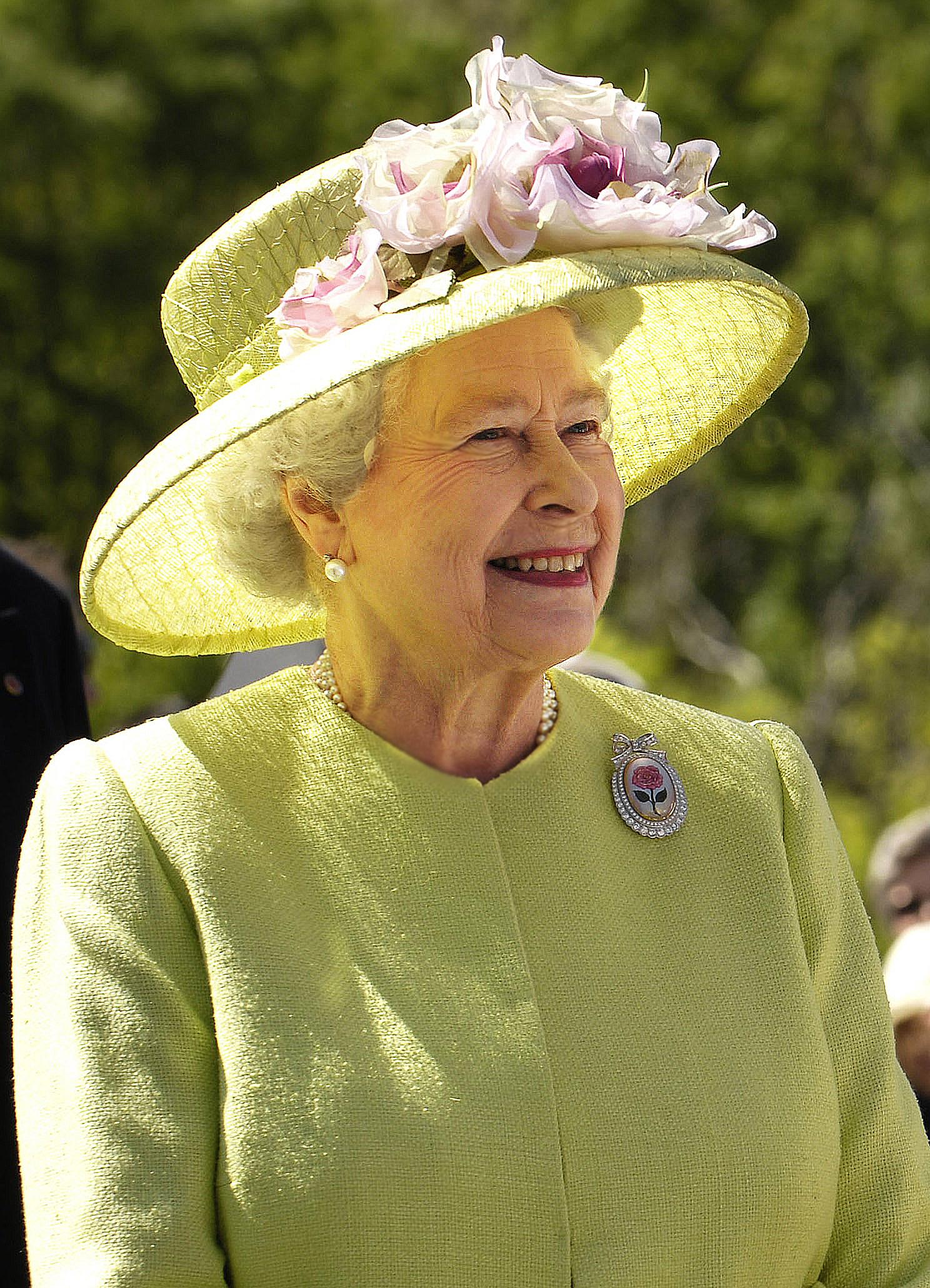 Elizabeta II. – Wikipedija
