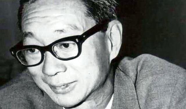 Image of Loke Wan Tho from Wikidata