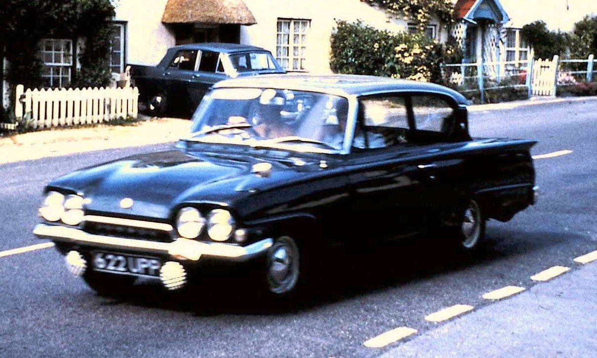 Pin ford consul classic 2 door ukjpg wikipedia the free on for Consul wikipedia