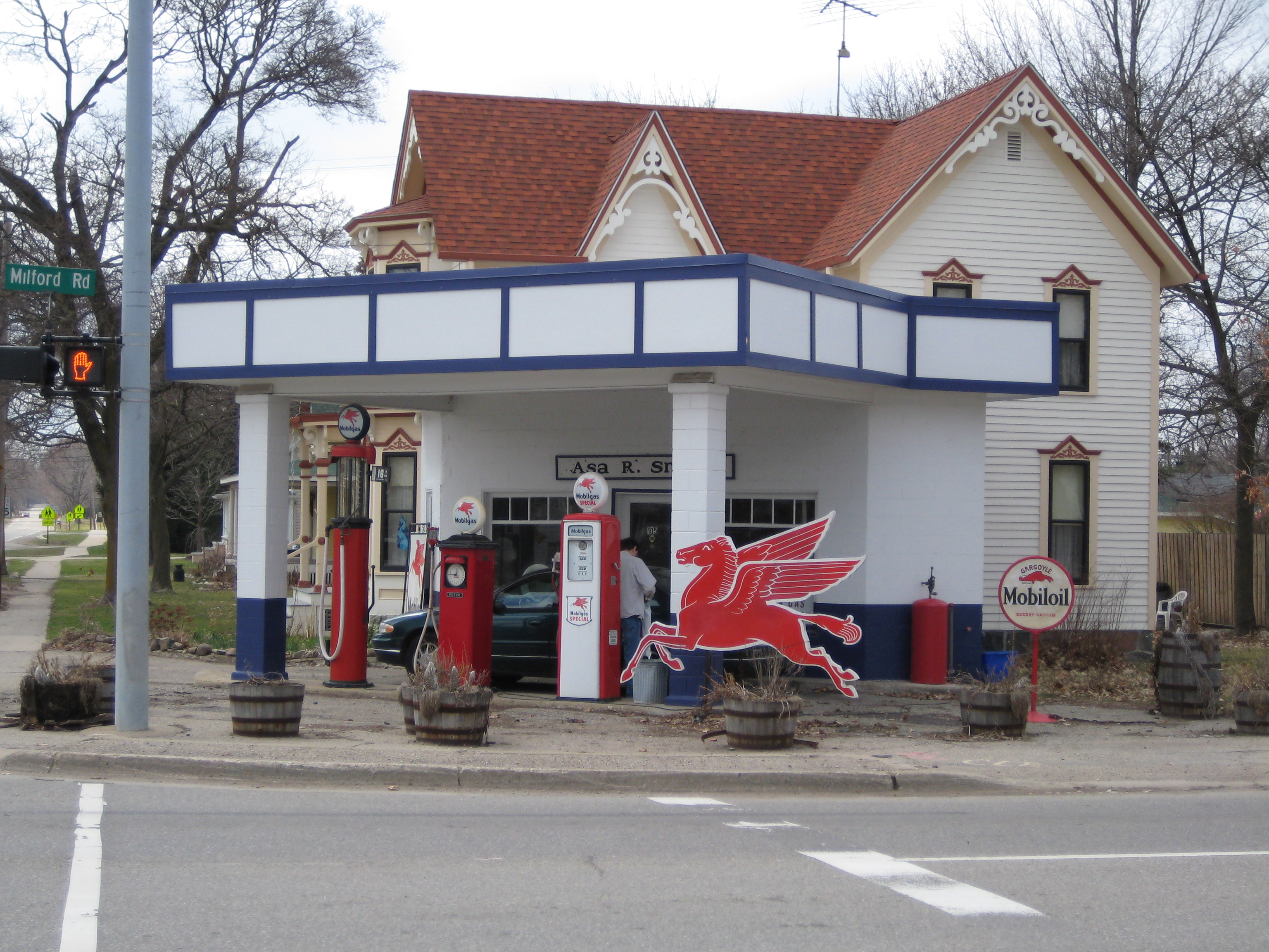 Michigan oakland county highland - File Former Mobil Station Highland Michigan Jpg