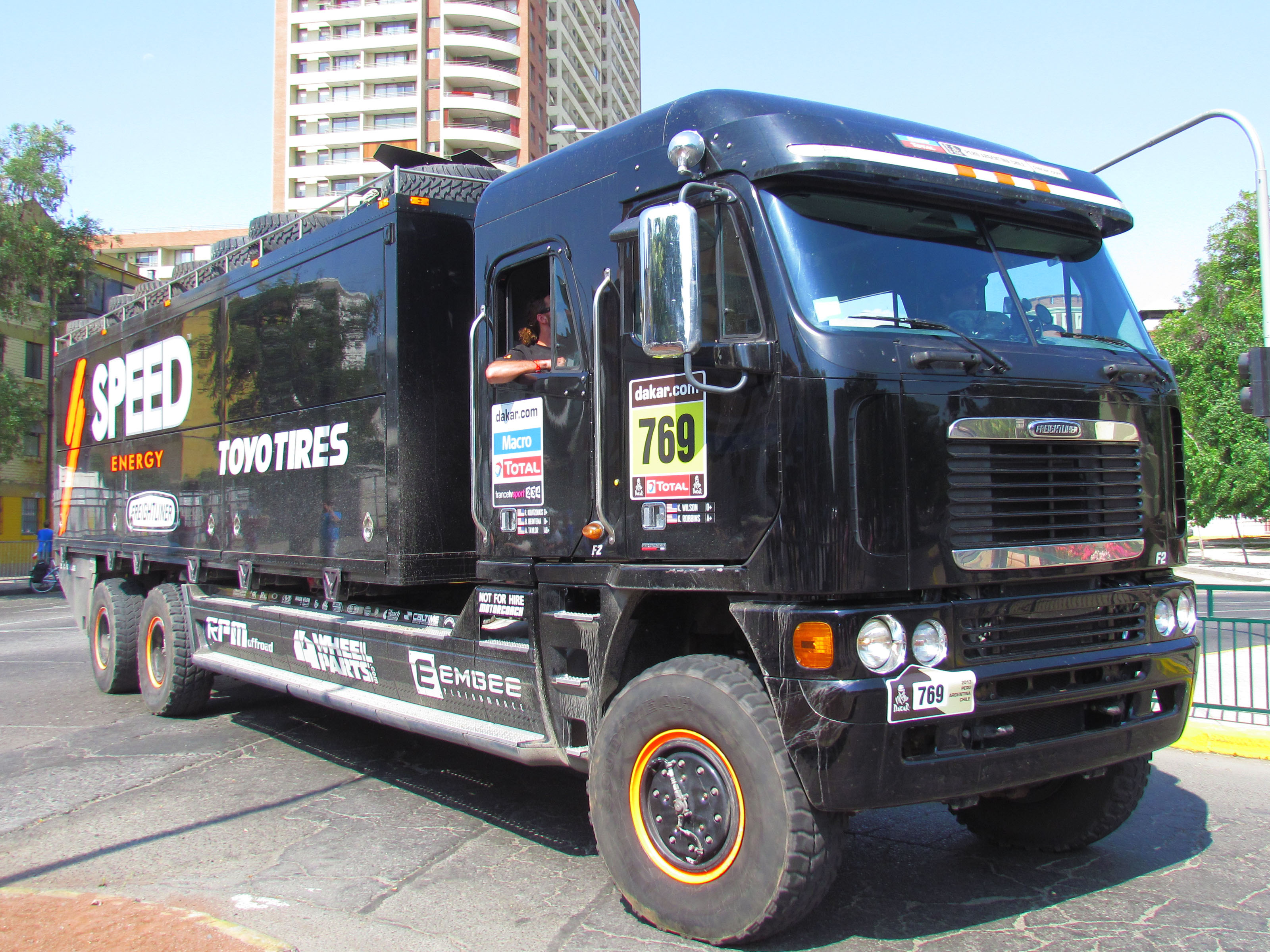 File Freightliner Argosy Crew Cab Dakar 2013 Chile