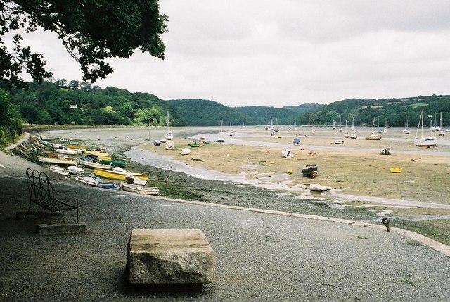 File:Golant, River Fowey - geograph.org.uk - 495276.jpg