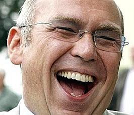 Alfred Gusenbauer - SPÖ Politker lachend, Schn...