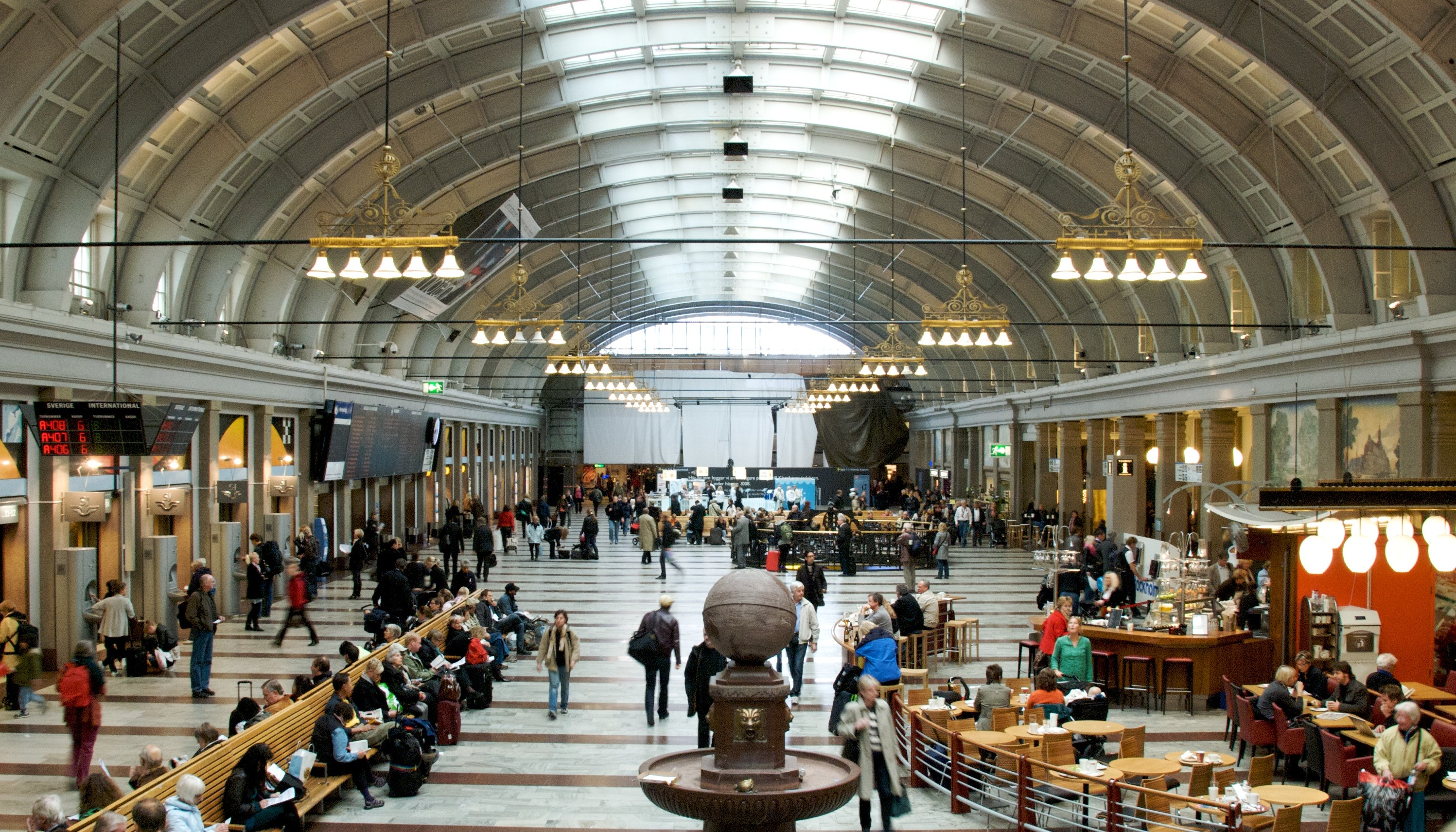 File Hall Stockholm Central Station Cropped Jpg