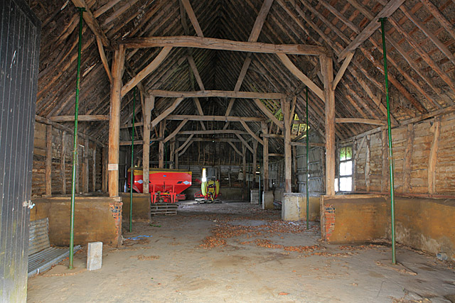 File:Interior of old Barn at Firgo Farm - geograph.org.uk ...
