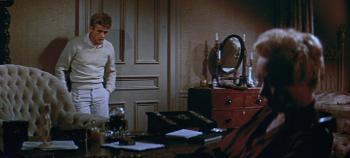 James_Dean_and_Jo_Van_Fleet_in_East_of_E