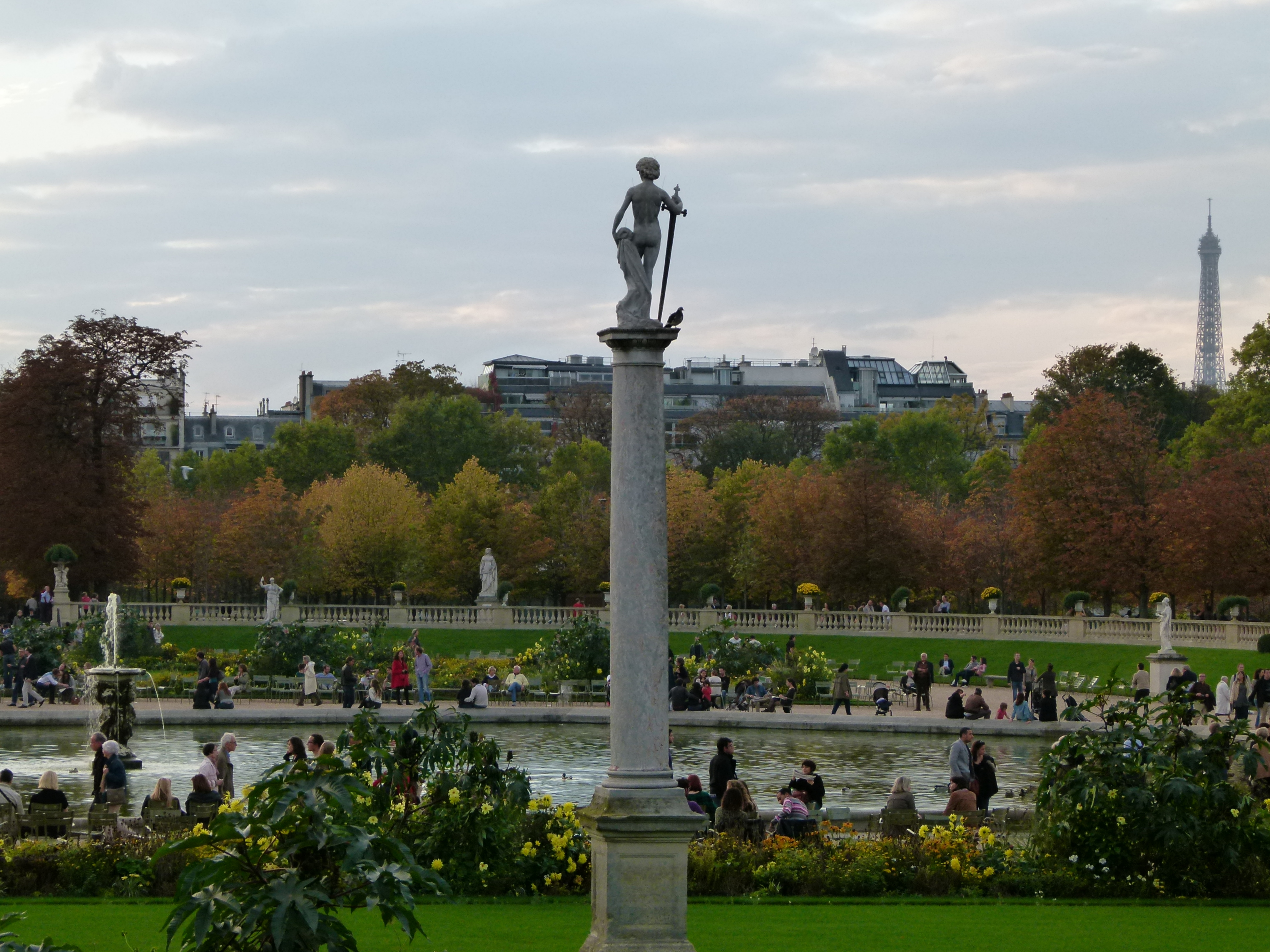 Image gallery jardin du luxembourg tour for Jardin du luxembourg