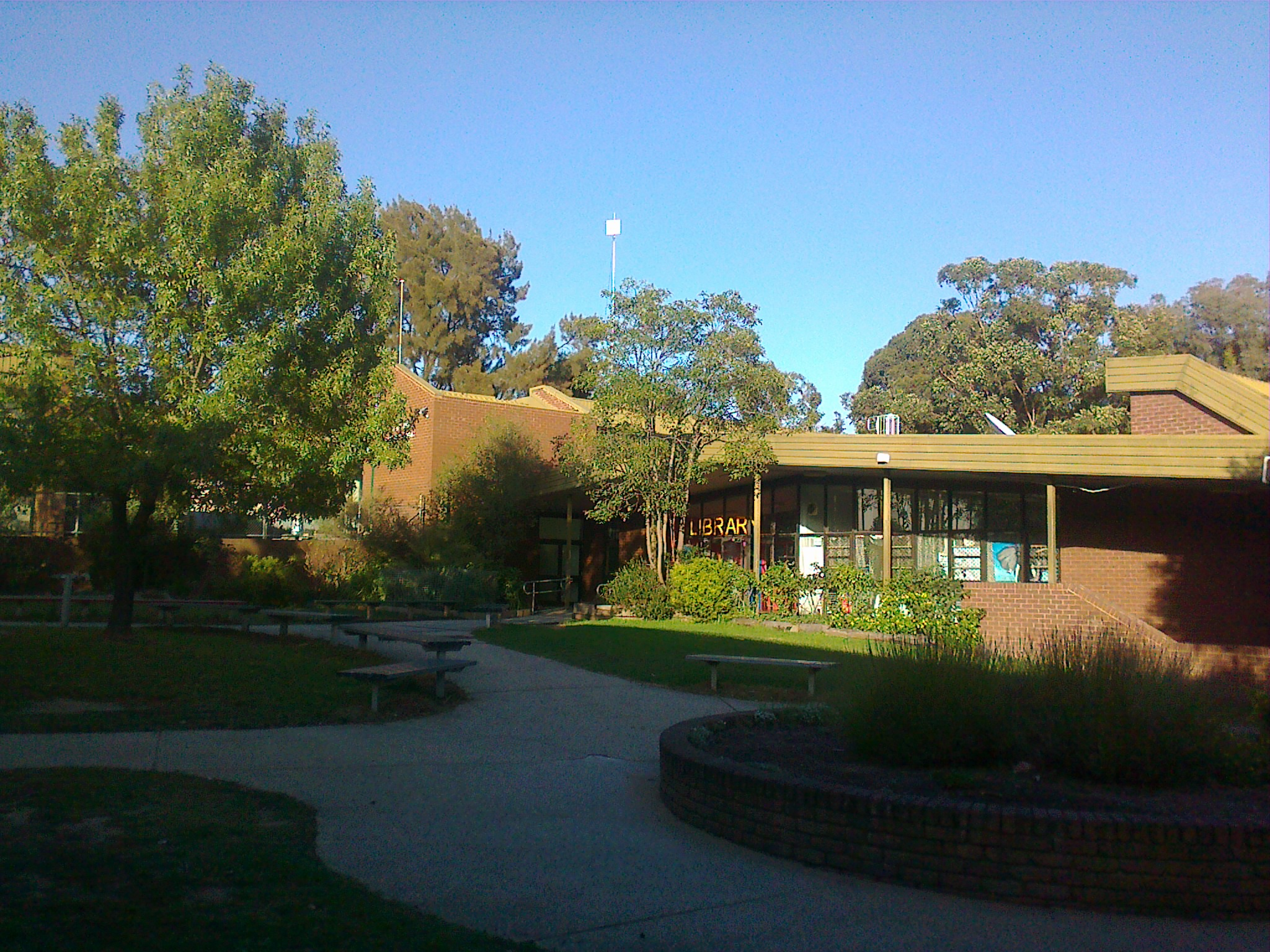 Seymour Australia  city photo : Description Library at Seymour College, Victoria, Australia, March ...