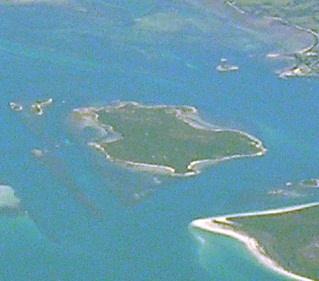 File:Little Green Island.jpg