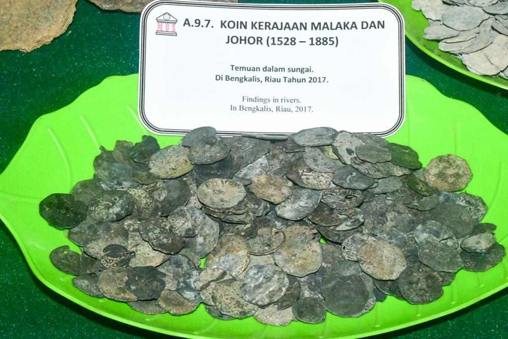 File:MUS A.9.7. Koin Kerajaan Malaka dan Johor 1528-1885.jpg