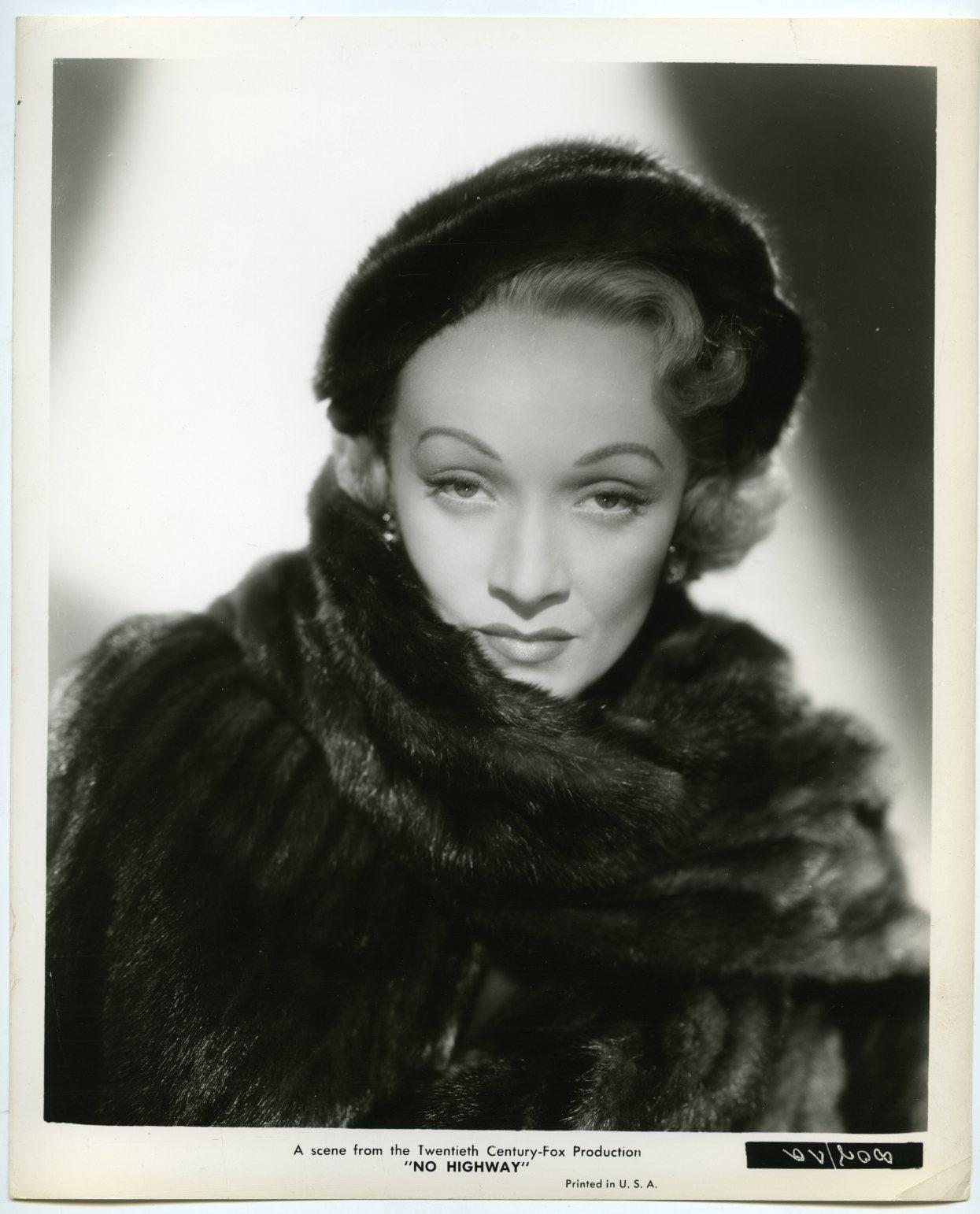 Picha Marlene Dietrich In No Highway 1951 Kamusi