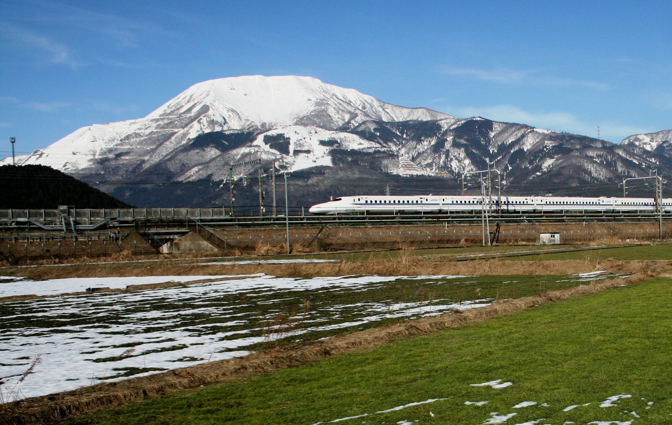Mount Ibuki and N700 Series Shinkansen