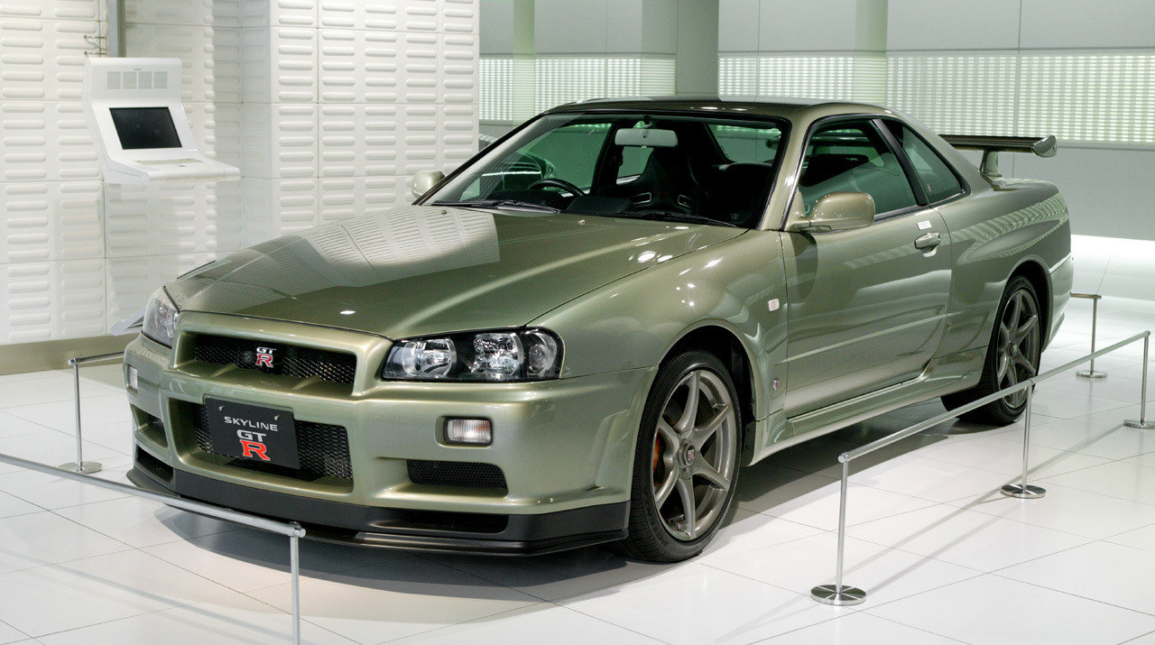 nissan skyline gtr godzilla in the making the avenue. Black Bedroom Furniture Sets. Home Design Ideas