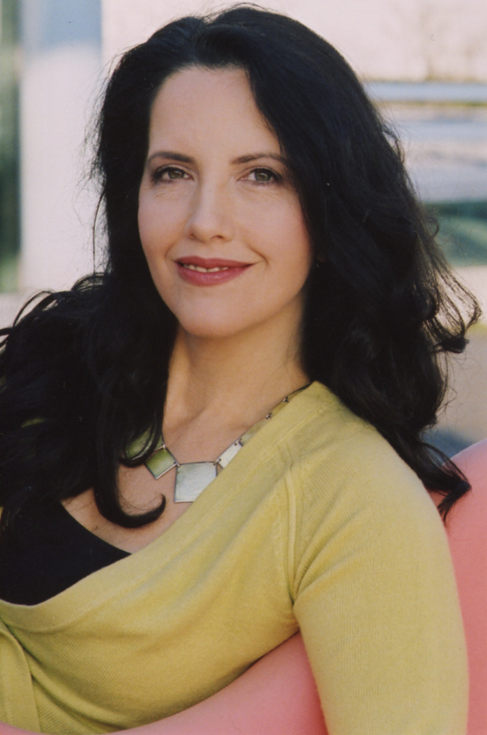https://upload.wikimedia.org/wikipedia/commons/7/73/NoraJensen.jpg