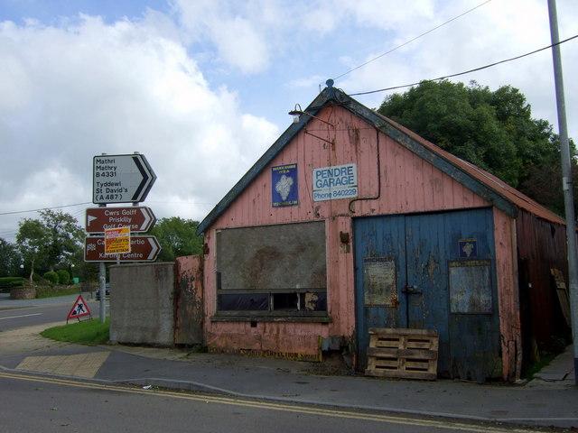 File old garage at road junction treletert letterston for Garage n4 auto duppigheim