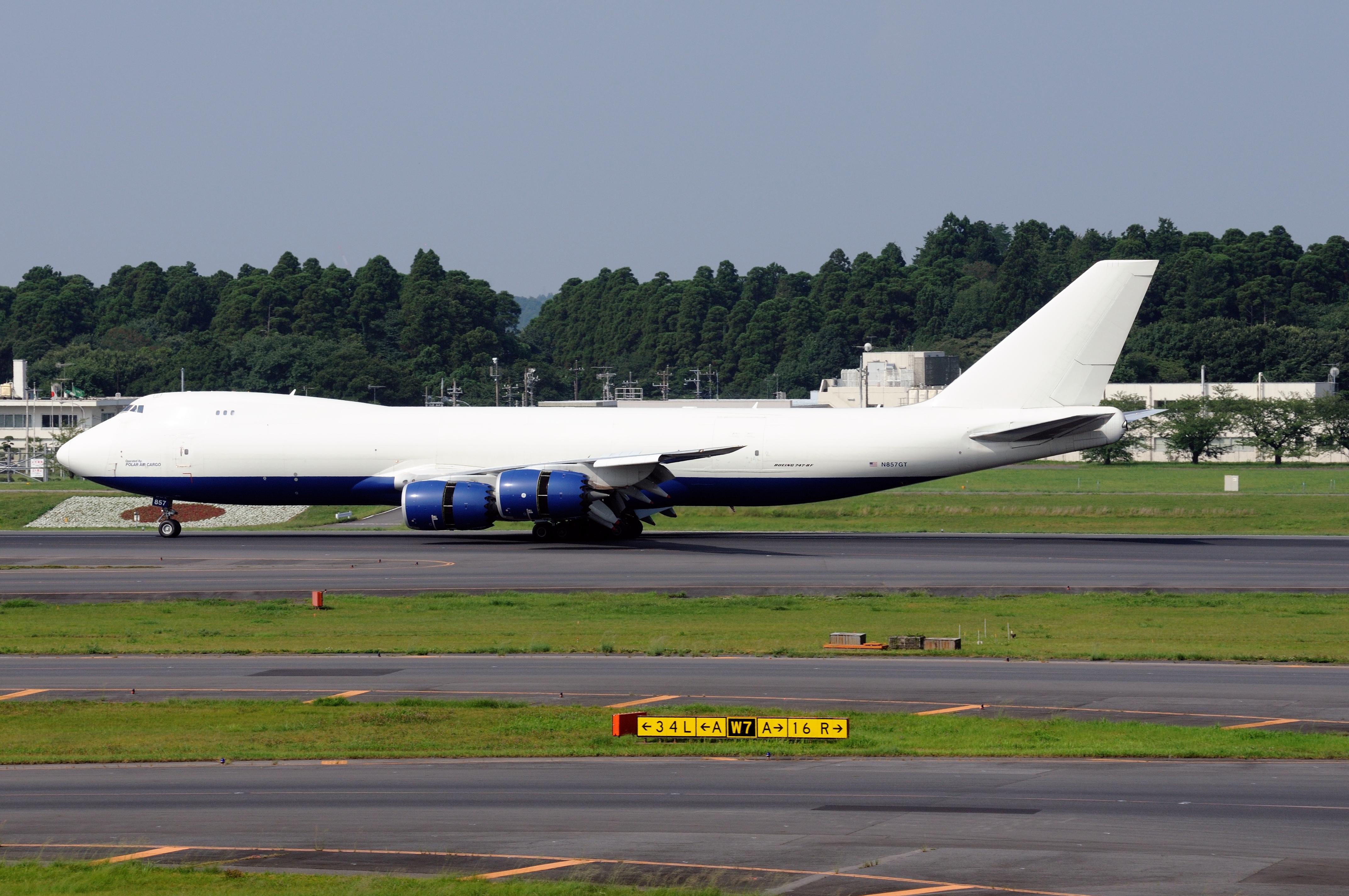 File:Polar Air Cargo, Boeing 747-87UF, N857GT (19536146764).