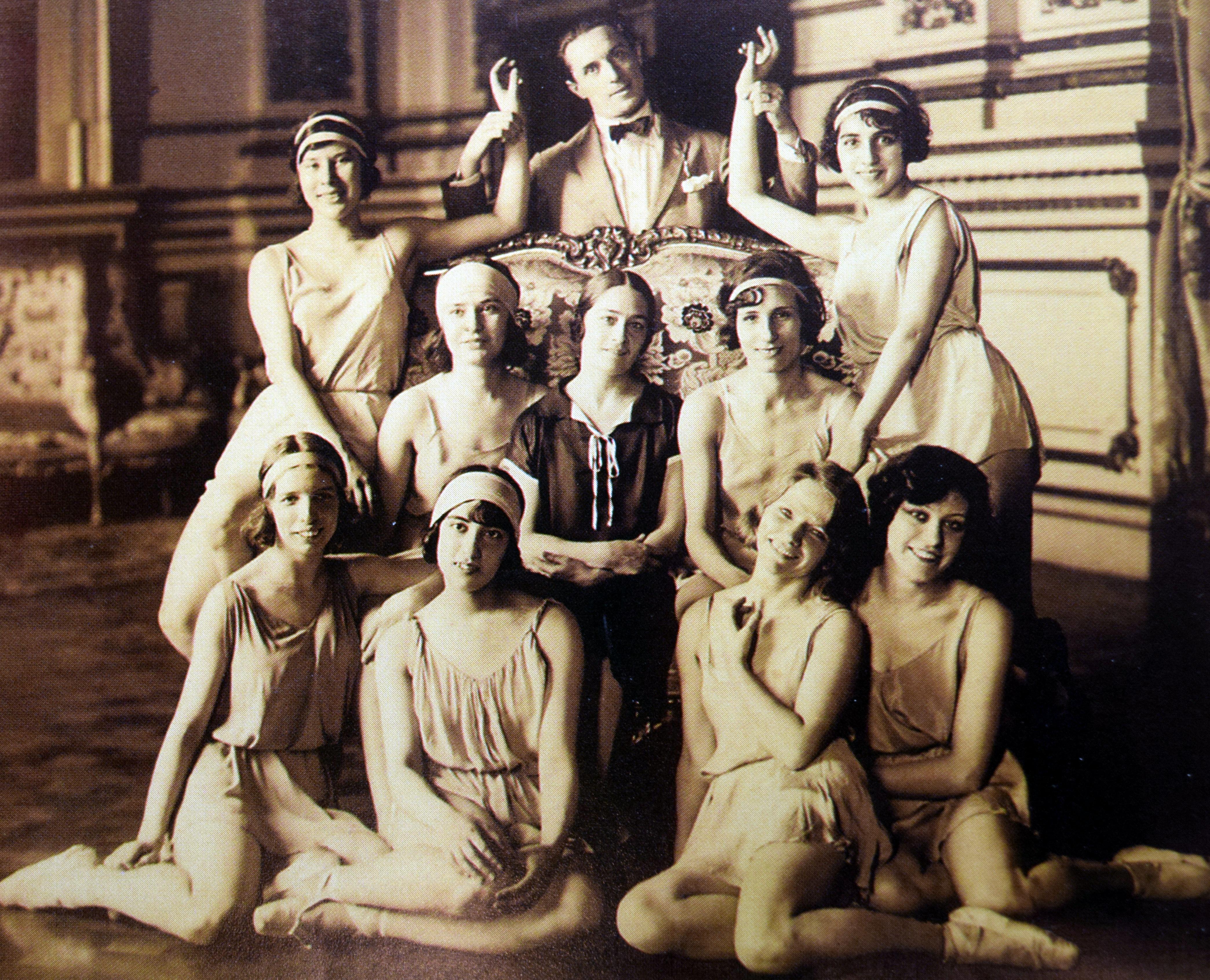 Resultado de imagen para ballet estable del teatro colon