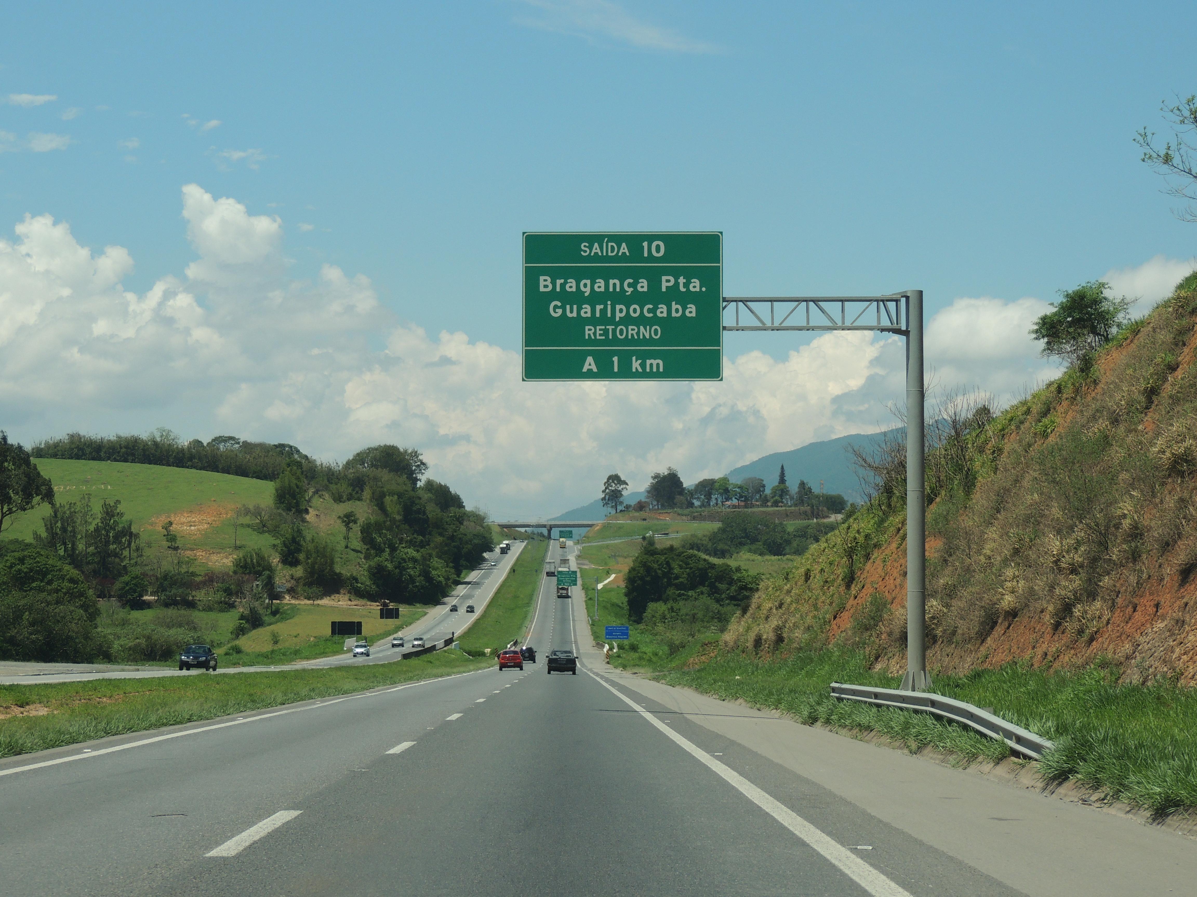 849f22f35b File Rod. Fernão Dias sentido Belo Horizonte. - panoramio.jpg ...