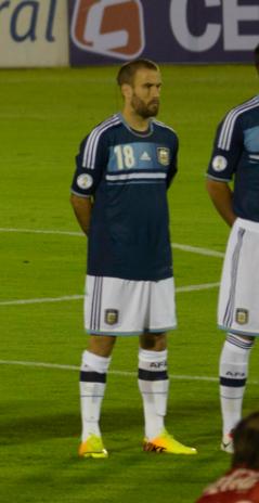 Rodrigo Palacio - Uruguay vs Argentina.png e2e8f6b367973