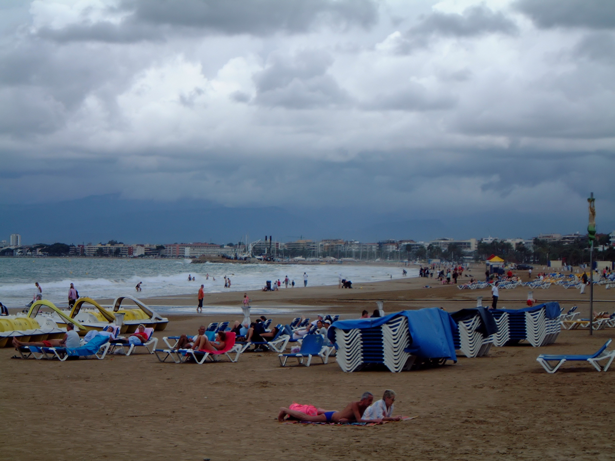Salou Spain  city pictures gallery : Salou Beach Spain Wikimedia Commons