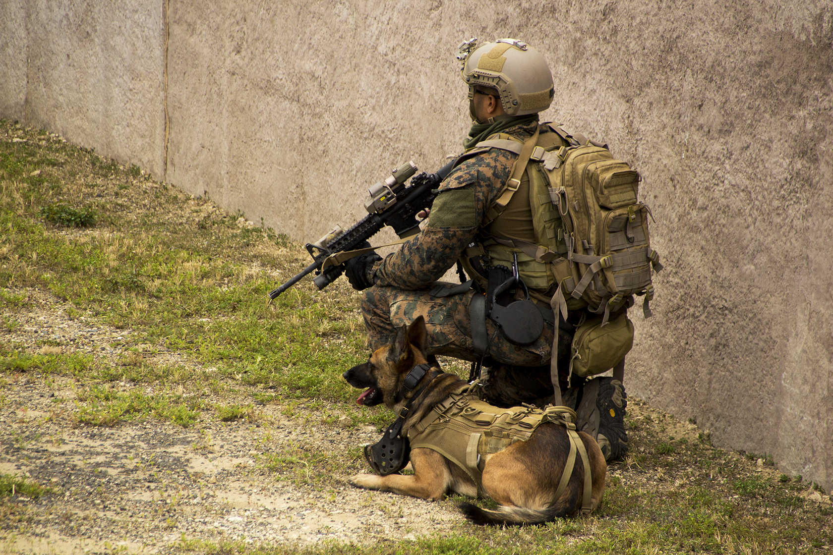File:Special operations forces raid town during RIMPAC ...
