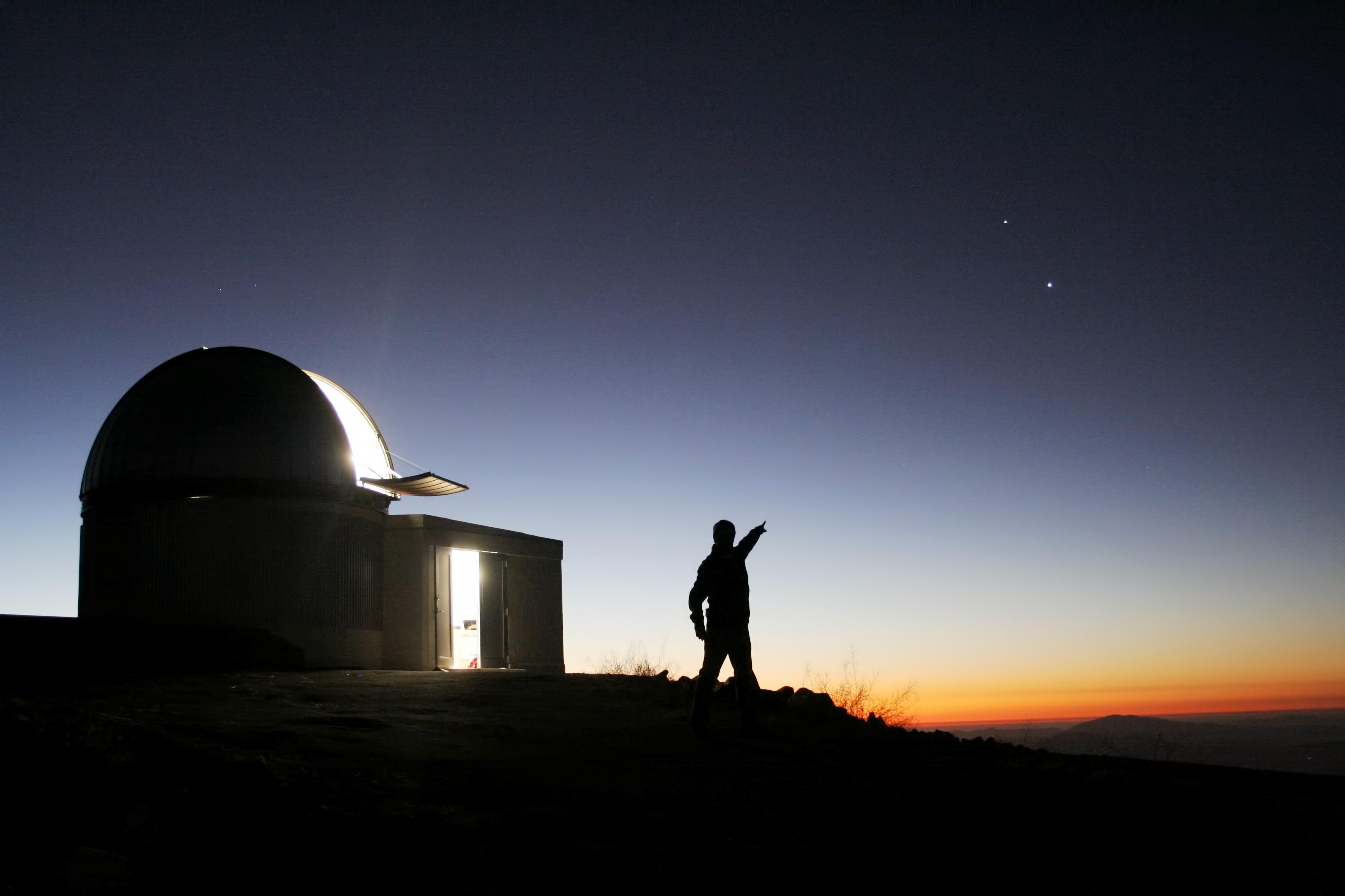 TRAPPIST - Wikipedia