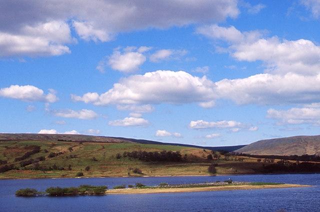 Stocks reservoir - geograph.org.uk - 967128