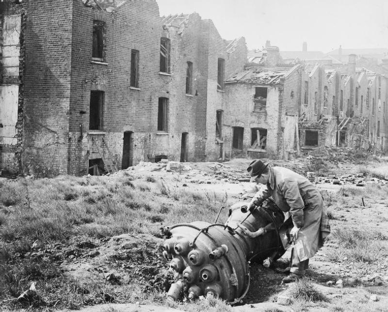 the london blitz The london blitz essay 1035 words | 5 pages in september of 1940 through may of 1941 there was a strategic bombing attack that was lead by the germans targeted towards london and other.