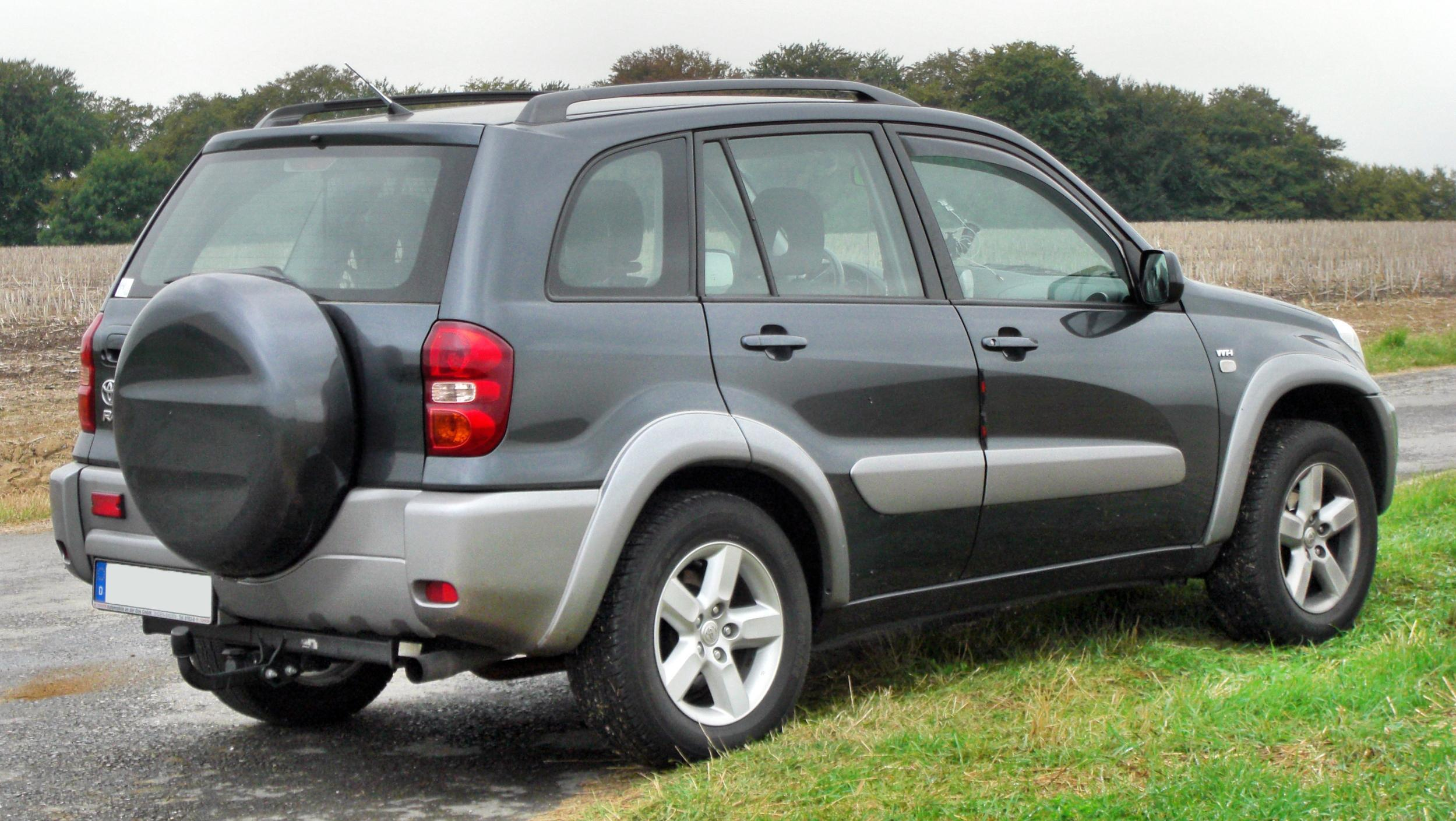 file toyota rav4 ii facelift rear wikimedia commons. Black Bedroom Furniture Sets. Home Design Ideas