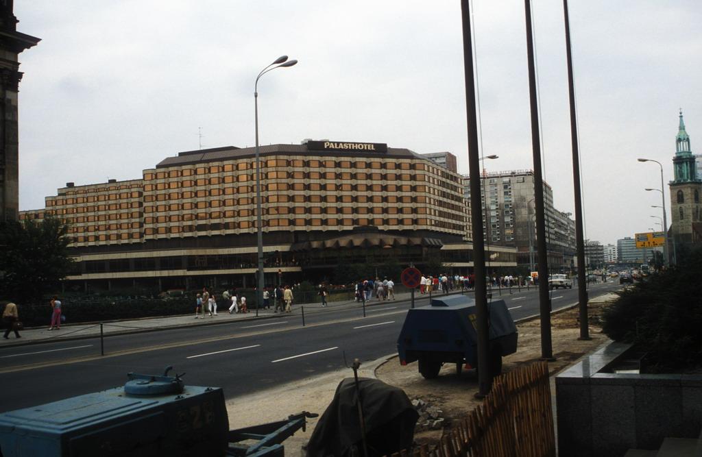 Ddr Hotel Berlin